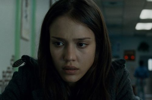 What Went Wrong in Jessica Alba's Bleary 'The Eye'