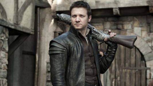 Jeremy Renner And Both His Arms Will Star Together In SPAWN