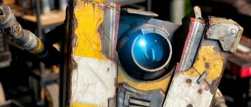 'Borderlands' Movie Wraps Filming, Reveals First Look at Claptrap