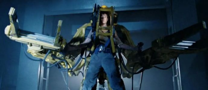 Cool Stuff: 'Aliens' Power Loader Statue Will Keep Xenomorphs Away from Your Collectibles