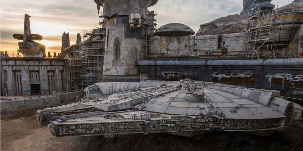 Millennium Falcon's First Official Photo from Star Wars: Galaxy's Edge Revealed