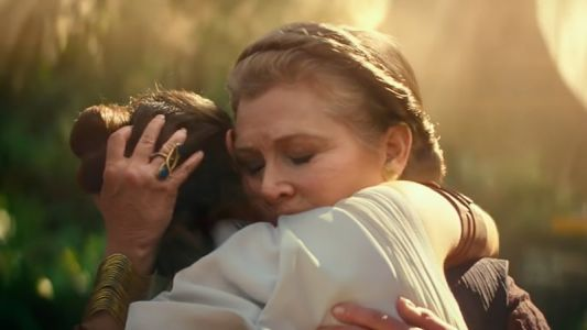 Billie Lourd Asked to Share Scenes with Late Mother Carrie Fisher in Rise of Skywalker