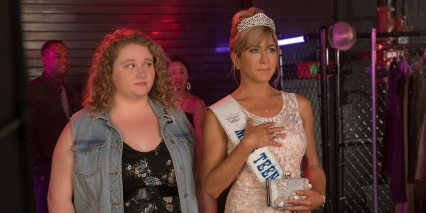 Dumplin' Trailer: Jennifer Aniston Stars In Netflix's Next YA Adaptation
