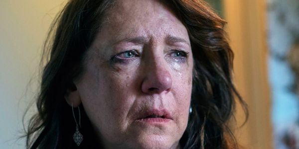 The Handmaid's Tale: The Cruelest Things Aunt Lydia Has Ever Done