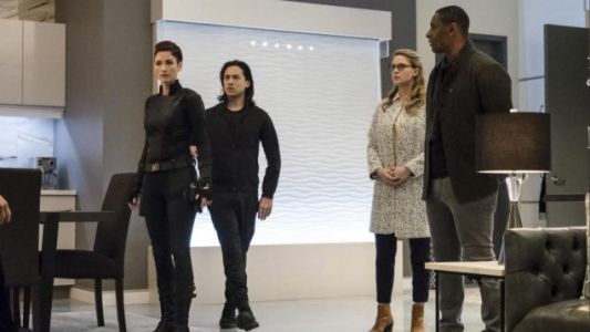 "SUPERGIRL 4.12 Review ""Menagerie"""