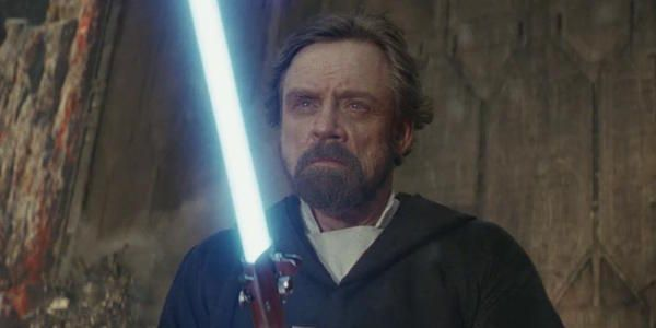 Mark Hamill Warns Star Wars Fans Ahead Of Lightsaber Auction It Could Be A Scam