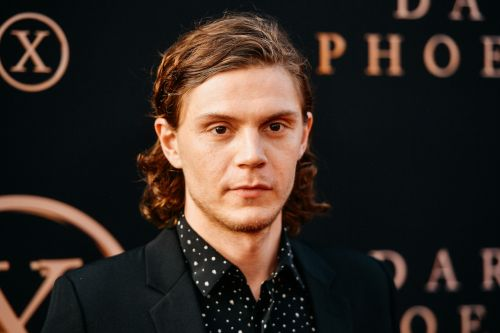 AHS Fans Slam Evan Peters For Retweeting Video Supporting Violence Against Looters