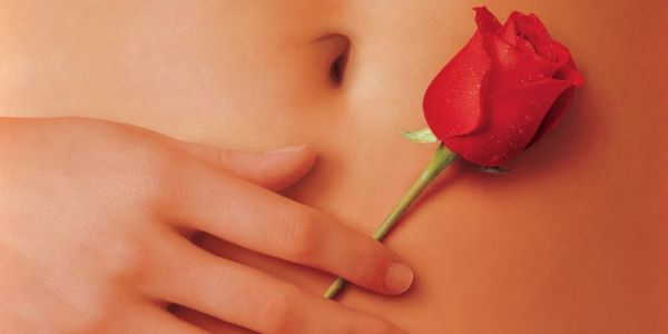Christina Hendricks Was The Hand Model On American Beauty Poster
