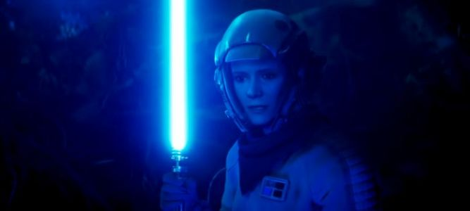 Get an Up Close Look at Leia's Lightsaber from 'Star Wars: The Rise of Skywalker'