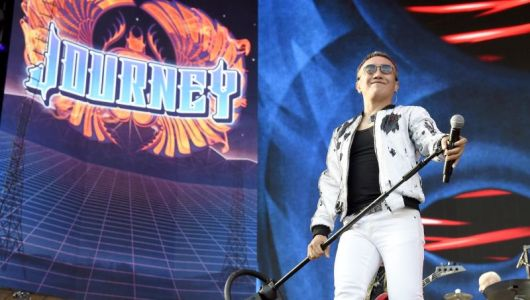 Crazy Rich Asians Director to Helm Arnel Pineda Biopic
