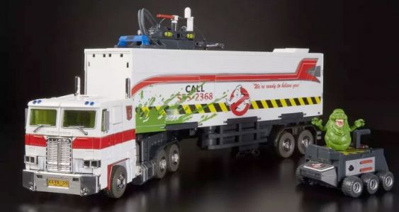 Cool Stuff: 'Ghostbusters' Optimus Prime Rolls Out with the 'Transformers' Ecto-1 Crossover