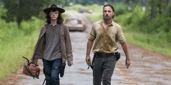 Walking Dead: Chandler Riggs Imagines Carl's Role Post-Rick