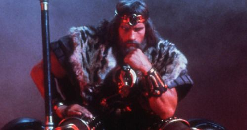 Schwarzenegger Talks King Conan Script with Original Director