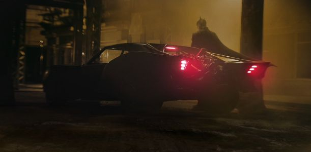 "THE BATMAN Director Confirms That Production Has ""Shut Down Until It's Safe For Us All To Resume"""