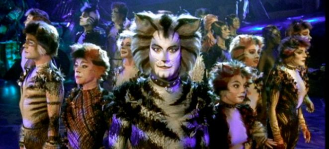 'Cats' Will Bring the Musical to Life With Motion-Capture Performances and Oversized Sets