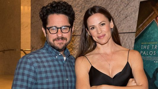 Jennifer Garner to Star in J.J. Abrams Drama for Apple
