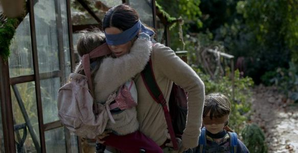 'Bird Box' Early Buzz: Sandra Bullock is a Bright Spot in Netflix Post-Apocalyptic Horror Film With No Vision