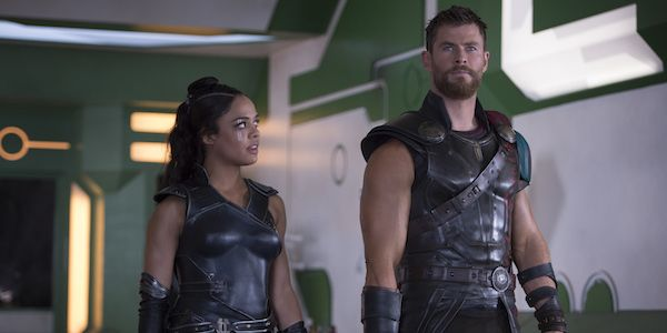 First Look At Chris Hemsworth And Tessa Thompson In The Men In Black Spinoff