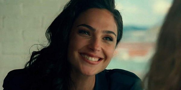 Gal Gadot's Death On The Nile Co-Star Has A Nice Exchange With Star Over Wonder Woman 1984 Release Date Change