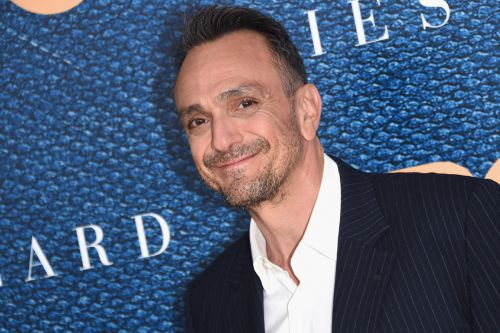 Hank Azaria Says 'The Simpsons' Will 'Definitely Address' Apu's Future