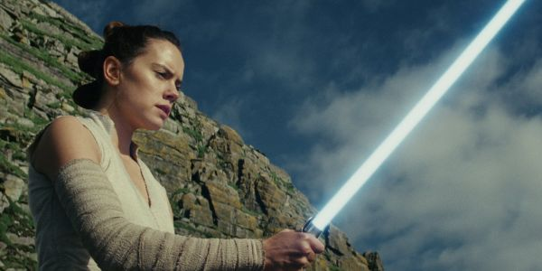 Oxford English Dictionary Adds Star Wars' Lightsaber But Spells It Wrong