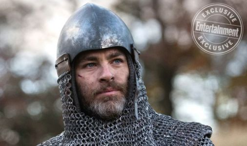 New Photo of Chris Pine as Robert the Bruce in Outlaw King