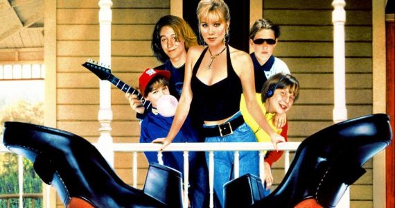 Don't Tell Mom the Babysitter's Dead Remake Is Happening with Beauty Shop Director