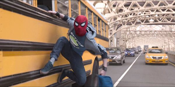 Avengers: Endgame Theory Ties Spider-Man: Far From Home Timeline To Infinity War Bus