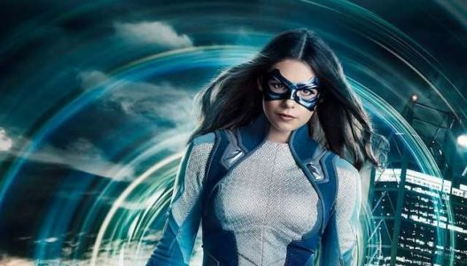 First Look at Supergirl's Nicole Maines as Dreamer