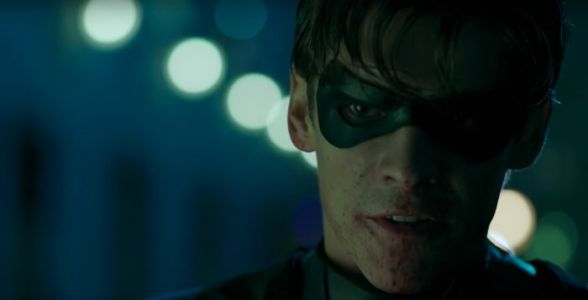 "'Titans' Trailer: Robin Says ""F- Batman"" in Brutal and Bloody Introduction to DC Universe"