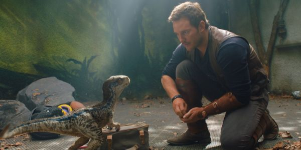Jurassic World: Fallen Kingdom To Top Incredibles 2 At Box Office