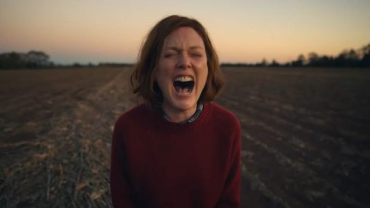 Lisey's Story Trailer: Julianne Moore Leads Apple's Stephen King Series