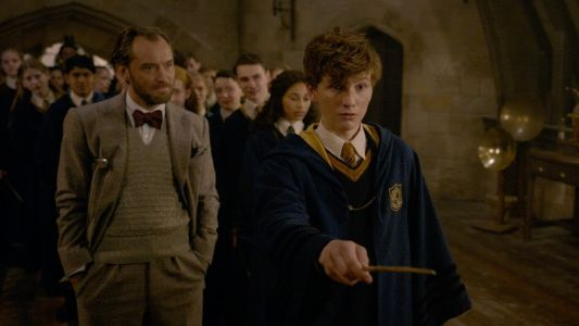 Welcome Back to Hogwarts in New Fantastic Beasts Featurette