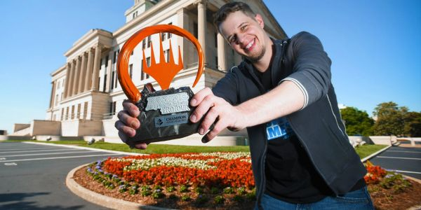 Magic: The Gathering Pro Sacrifices Worlds Slot to Protest State of the Game